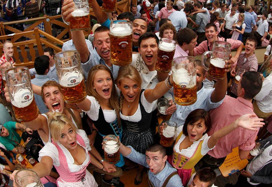 Oktoberfest czyli jak się nawalić na legala